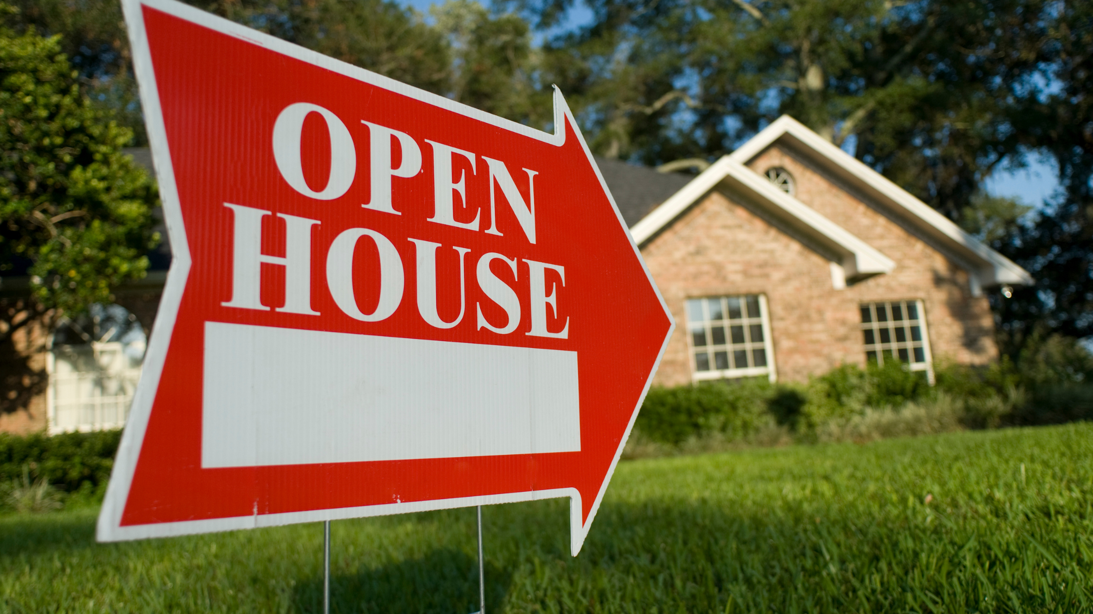 hosting a great real estate open house